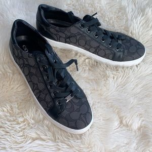 Coach sneakers good condition